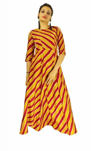 Gown for Women in colour Prince Maroon